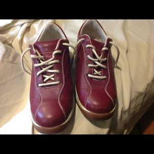 Rockport casual shoes, red, size 9